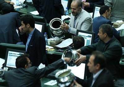 گزارش|«شفافیت» راه مقابله با آرای خنثی در مجلس/ چرا برخی نمایندگان در مواقع حساس رای ممتنع میدهند؟