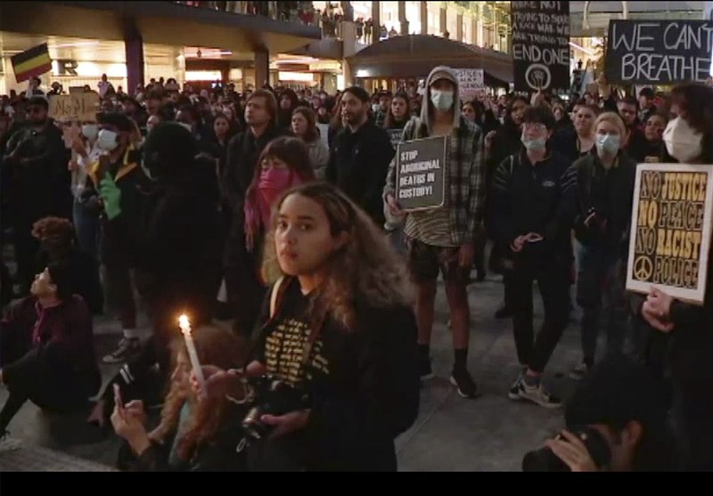 Thousands March in Sydney in Solidarity with US Protests
