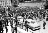 روایت تسنیم از مرداد ماه خونین شیراز علیه رژیم پهلوی در سال 57 / چرا علمای شیراز «استیضاح از رژیم غیرقانونی» را اعلام کردند؟