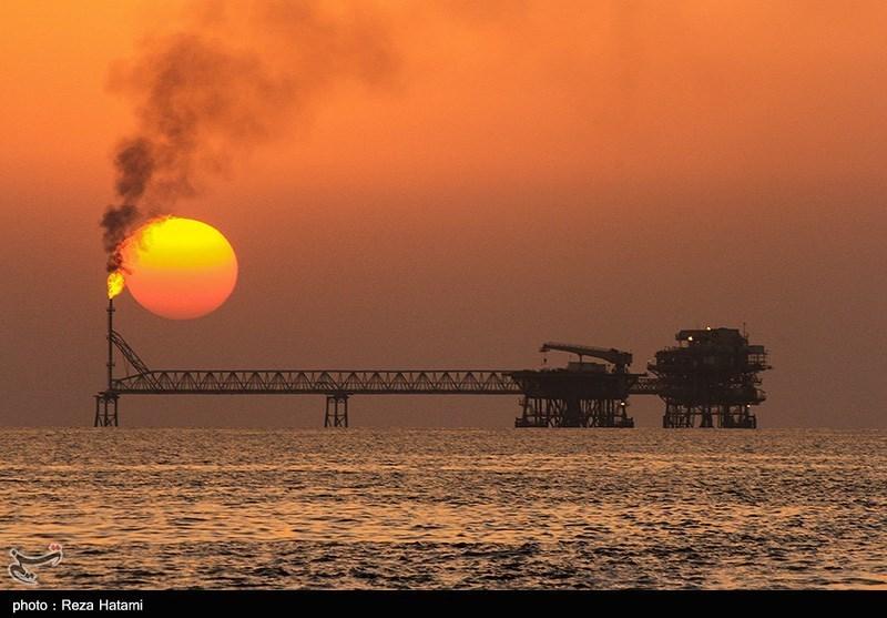 مشاهده 2 لکه نفتی در نزدیکی میدان نفتی ابوذر/ اعزام شناور ناجی سازمان بنادر به منطقه