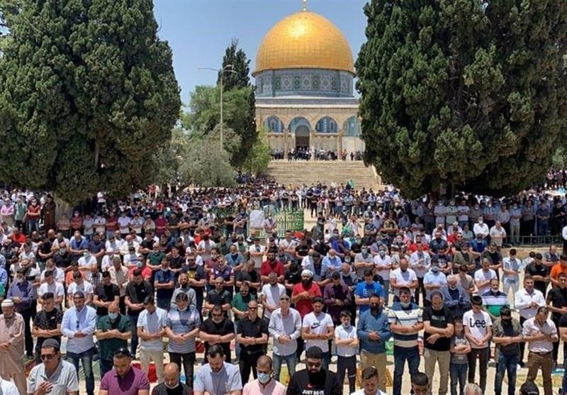 Thousands Attend Friday Prayer at Aqsa Mosque