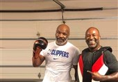 رئیس UFC: میخواهم مانع مبارزه تایسون و هالیفیلد شوم