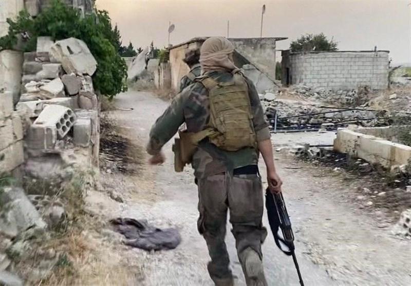 حملات توپخانهای ارتش سوریه به تروریستهای وابسته به القاعده