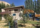 گزارش ویدئویی| تخریب بناهای غیرمجاز در منطقه بکر و خوش آب و هوای جاجرود / متجاوزان به اراضی ملی نقره داغ شدند