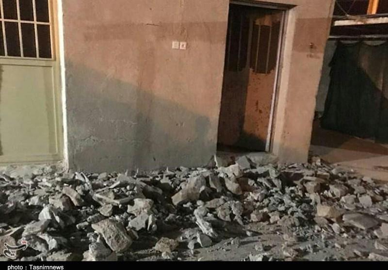 تازهترین اخبار از خسارت زلزله فارس| 240 واحد مسکونی روستایی در گراش آسیب دید / توزیع چادر در بین زلزلهزدگان