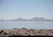 وسعت دریاچه ارومیه کوچکتر شد
