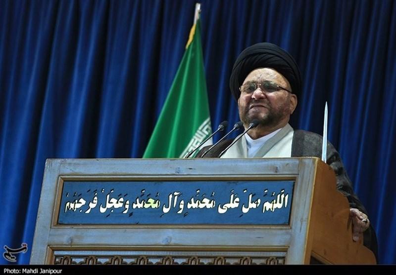امامجمعه موقت اصفهان: در شرایط کنونی رای ندادن در انتخابات «گناه کبیره» است