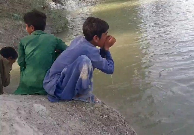 گزارش ویدئویی| روستائیان چابهار و دشتیاری از منابع آبی آلوده مینوشند