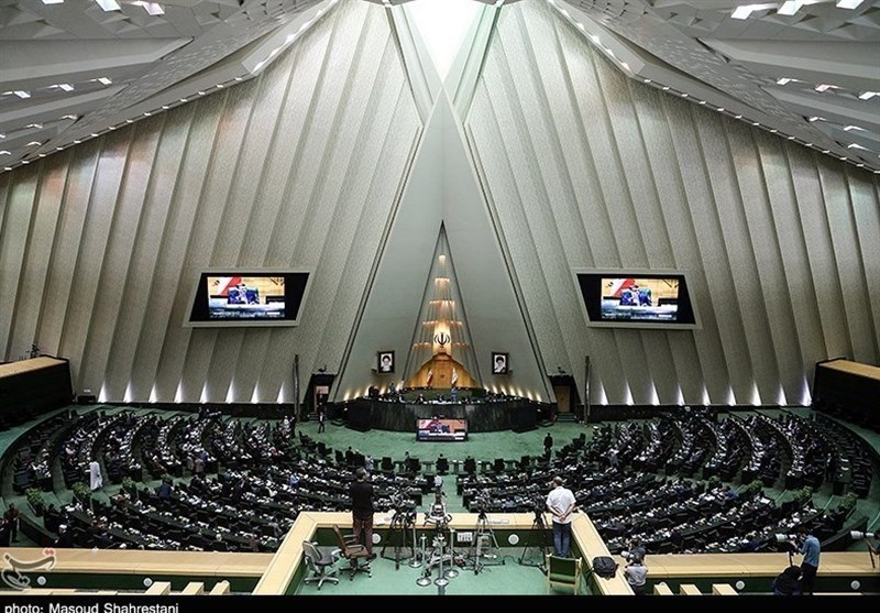 """""""ظریف"""" برای پاسخگویی به سوال نمایندگان به مجلس میرود"""