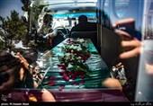 """بازگشت پیکر شهید پس از 38 سال / شهید """" گرامی"""" در اسلامآباد غرب تشییع میشود"""