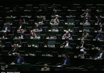 حضور ۲ وزیر در صحن علنی امروز پارلمان