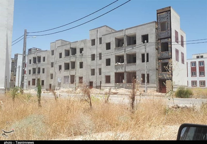 گزارش| پروژه «مسکن مهر» دهدشت پناهگاه معتادان شده است + تصاویر