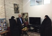 دیدار رئیس بنیاد شهید با خانواده شهید جواد اللهکرم