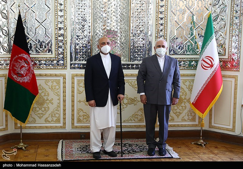 Iranian, Afghan FMs Issue Joint Statement, Stress Development of Ties