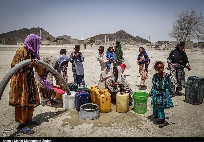گزارش ویدئویی  روایتی از بحران آب در شرق ایران/ زخمی کهنه که هر از چندگاهی سر باز میکند/ چرا مردم بلوچستان همیشه باید از آب بنالند؟