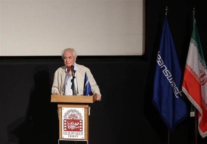 """مرور خاطراتی از مرحوم کیارستمی در مراسم جایزه عکس """"پنج"""""""