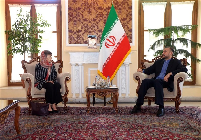 Iranian Adviser Urges Australia Not to Follow US Policies