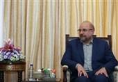 قالیباف ونظیره الترکی یؤکدان على اهمیة تعزیز التبادل الاقتصادی بین طهران وانقرة