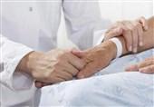 خبر خوش معاون وزیر بهداشت برای مدافعان سلامت / پرداخت مطالبات کادر درمانی / 5هزار پرستار استخدام میشوند