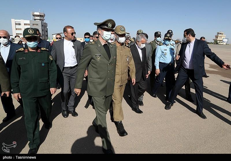 وزیر دفاع: تجهیزات پیشرفتهتر هوایی را بهزودی به عرصه تولید میرسانیم