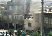 لحظه وقوع آتشسوزی در کارگاه رنگرزی و رسیدن آتشنشانان + فیلم و تصاویر