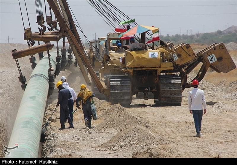 بومیسازی 90 درصد تجهیزات پروژه انتقال نفت خام گوره / هرمزگان بزرگترین بندر صادراتی نفت ایران میشود