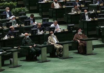 کدام نمایندگان با تاخیر به جلسه علنی مجلس آمدند