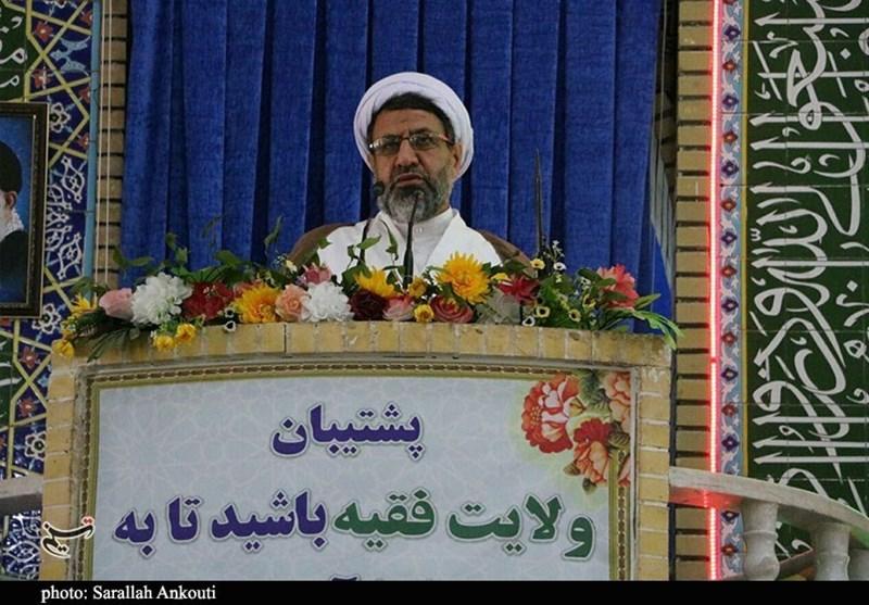 امامجمعه کرمان: کاندیداهای ریاست جمهوری برنامه خود را برای تشکیل دولتی در تراز انقلاب را ارائه کنند