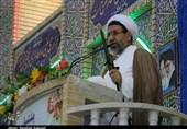 انتقاد امام جمعه کرمان از افزایش سرسامآور قیمتها؛ مسئولان نوسان قیمتها در بازار را کنترل کنند