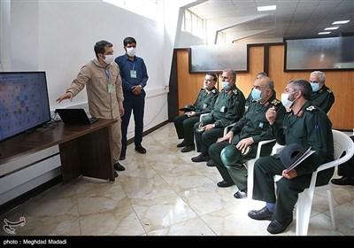 بازدید سرلشکر سلامی از دستاوردهای نیروی زمینی سپاه
