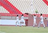 لیگ برتر فوتبال| شکست یک نیمهای تراکتور مقابل نساجی