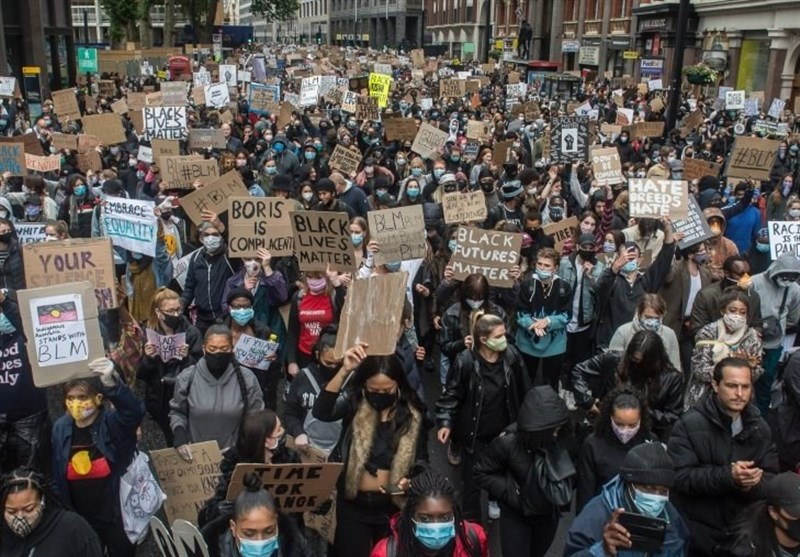 Anti-Racism March Continues in Central London (+Video)