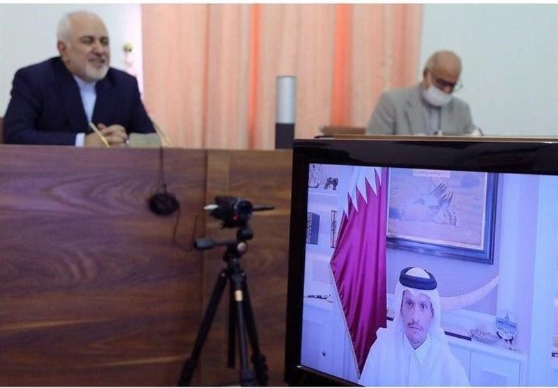 ظریف یجری مباحثات مع نظیره القطری حول التطورات الإقلیمیة