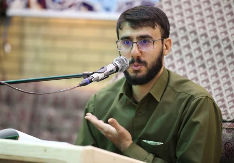گزارش تسنیم از اولین جلسه آموزش قرآنِ محمود نوروزی + فیلم و عکس