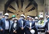 محسن هاشمی: منابع کافی مالی از طرف شهرداری به مترو تخصیص داده نشده است