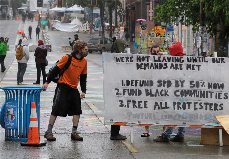 Protesters Make Last Stand As Seattle Police Dismantle Violent District (+Video)