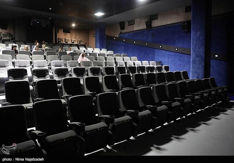 غربت «سینما» در روز ملی سینما؛ تنها سالن سینمایی مرودشت به فروش میرود