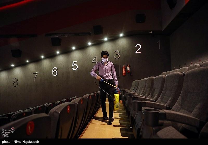 سینماهای تهران با رعایت پروتکل بهداشتی فعالاند/ فقط تصمیم استانداری رسمیت دارد
