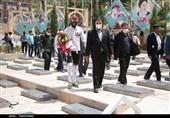 دوچرخه سوار معلول کرمانی به مزار سردار دلها رسید+تصاویر