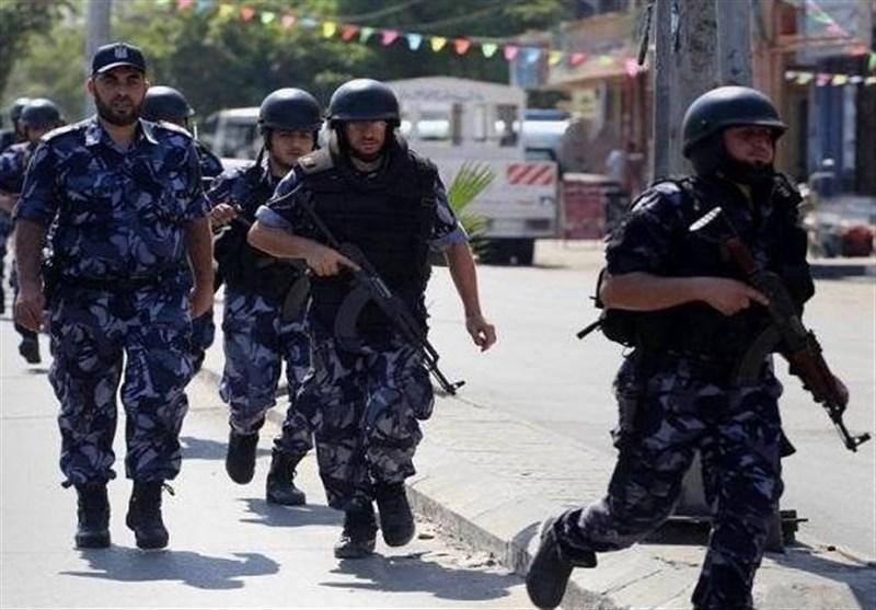 """""""الداخلیة"""" فی غزة تعتقل خلیّة من العملاء لصالح """"إسرائیل"""""""
