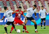 لیگ برتر فوتبال  پرسپولیس و شاهین بدون گل و با یک اخراجی به رختکن رفتند