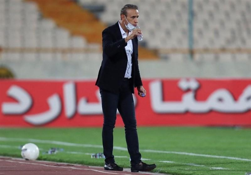 گلمحمدی: اینکه هر باشگاهی بگوید بازیکن کرونایی دارم که درست نیست/ اعتراضی نکردم و صحبتم با داور دوستانه بود
