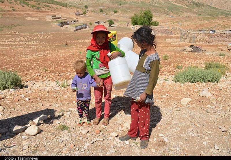 کهگیلویه و بویراحمد  بحران کمآبی در زیلایی/ کودکانی که کولبر آب ...