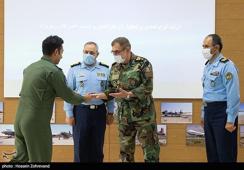 تقدیر از پرسنل نیروی هوایی ارتش
