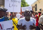 Haiti Police Clash with Demonstrators Protesting Worsening Crime Rate (+Video)