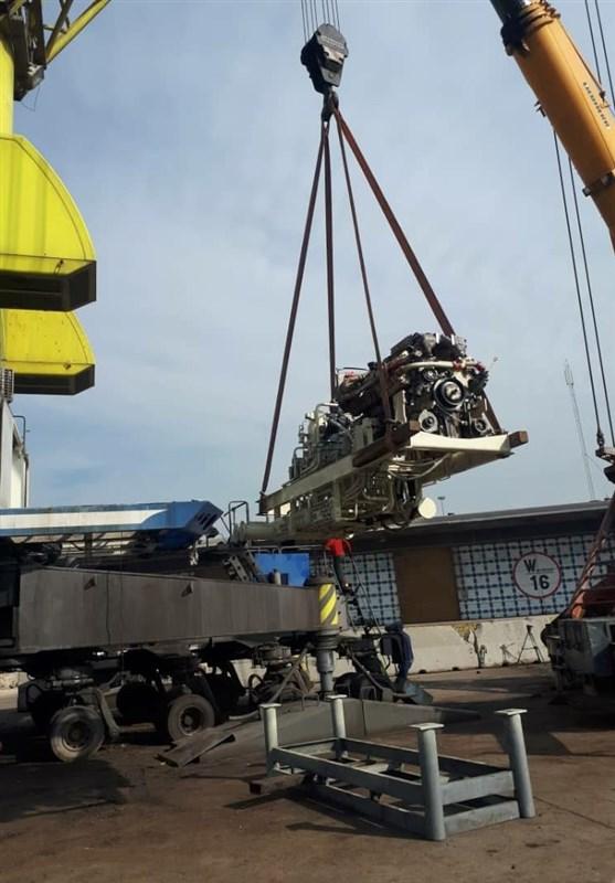 تعمیرات اساسی سیستم هیدرولیک جرثقیل عظم الجثه ساحلی بندر امام