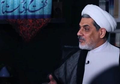 گفتوگوی دوستانۀ حجتالاسلام رفیعی با جوانان: نباید همۀ تقصیرها را پای حوزه و روحانیت نوشت