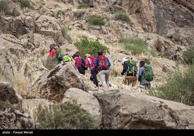 تمرین صخرهنوردی در کرمانشاه