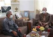کردستان| قدردانی از خانواده شهید «صلاح فتحی»/ خون شهدا انقلاب اسلامی را در برابر توطئههای دشمنان بیمه کرده است