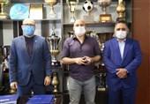 منصوریان مطالبات 2 میلیاردی خود از استقلال را بخشید